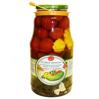 "Assorted Pickled Vegetables ""Veselaya gryadka"" with Squash"